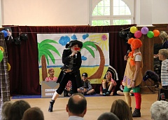"Music show ""Pippi and the pirates"" (Video)"